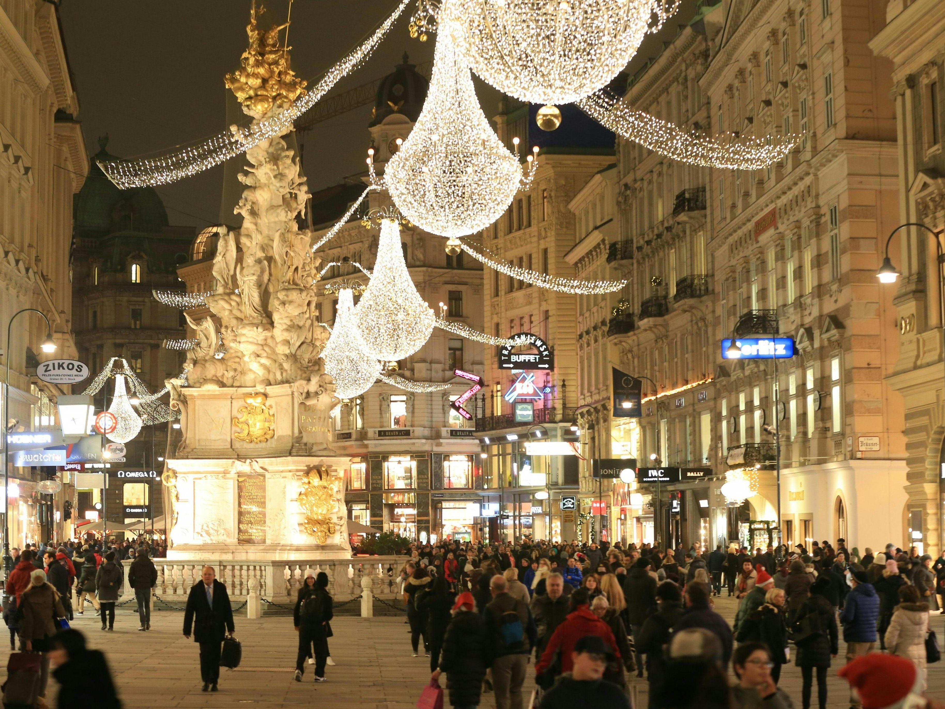 Wiener Innenstadt erstrahlt im Weihnachtsglanz - Weihnachten in Wien ...